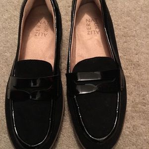 Naturalizer black patent leather and suede.